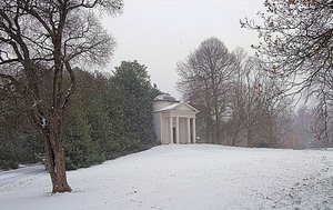 Temple-of-Bellona-Kew-Garden-Winter-Londonblog,jpg
