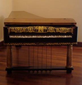 Piano-forte_18th_century