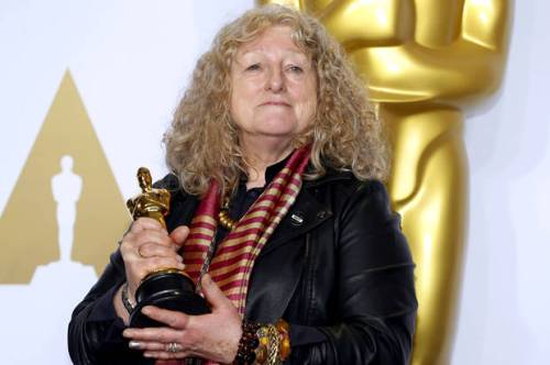 "Jenny Beavan, winner for Best Costume Design for ""Mad Max: Fury Road"", poses during the 88th Academy Awards in Hollywood, California February 28, 2016. REUTERS/Mike Blake - RTS8H6D"