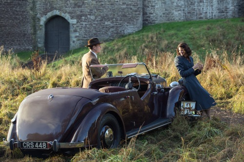 Outlander 2014 Caitriona Balfe as Claire Randall and Tobias Menzies as Frank Randall in Starz's Outlander